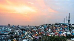 Город Гуаякиля на заходе солнца Стоковая Фотография RF
