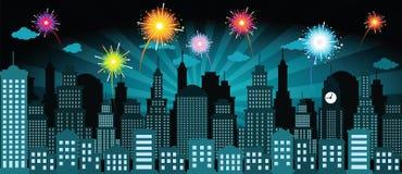 Город и фейерверки ночи Стоковая Фотография RF
