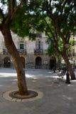 Город Кальяри, Сардинии, Италии Пешеходная аркада в городском центре стоковые изображения