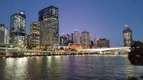 Город на ноче, Австралия Брисбена Стоковая Фотография RF