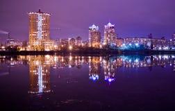 Город на ноче Стоковая Фотография RF