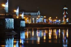 Город ночи с светами стоковое изображение
