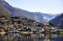 Городок в круизе фьорда Gudvangen, Норвегия Стоковое фото RF