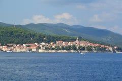 Городок и остров Korcula в Далмации, Хорватии Стоковое фото RF