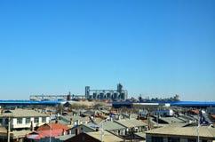 Городок и фабрика Стоковое Фото