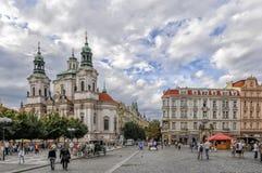 городок квадрата республики prague лошади экипажа чехословакский нарисованный старый Стоковое фото RF