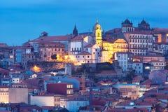 Городок ночи старый в Порту, Португалии Стоковые Фотографии RF