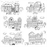 Городок с различными домами контурит деревья и автомобили Стоковое Фото