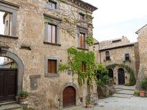 Городок Civita di Bagnoregio который умирает Стоковое фото RF