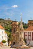 Городок Mikulov с Tanzberg sv Предпосылка Kopecek, южная Моравия, чехия Стоковое Изображение RF