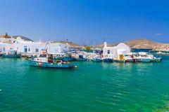 Городок Naoussa, остров Paros, Киклады, эгейские, Греция Стоковая Фотография
