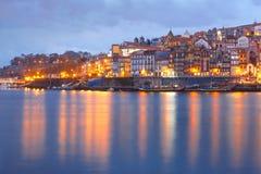 городок porto Португалии ночи старый Стоковое Изображение