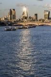 Город отражения Лондона Солнця стоковое фото rf