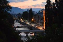 Город Сараева на сумраке Стоковые Изображения