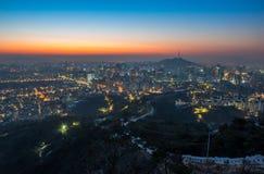 Город Сеула и городской горизонт в Сеуле, Южной Корее Стоковые Фотографии RF