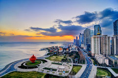 Городская площадь в Qingdao стоковое изображение rf