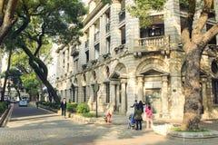 городская улица внутри к центру города, взгляд улицы города Китая Стоковые Изображения RF