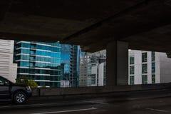 Городские здания Сан-Франциско от theBay моста Стоковое фото RF