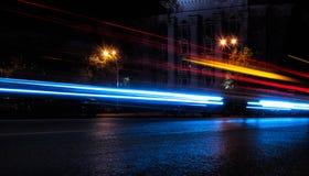 Городские следы света автомобиля города Стоковое Фото