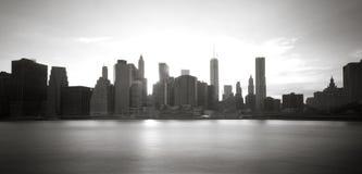 Городское Манхаттан на заходе солнца Стоковое фото RF