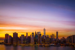 Городское Манхаттан на заходе солнца Стоковые Фотографии RF