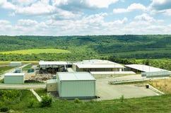 Городское место захоронения отходов Депо водоочистительной станции, подготавливая его для разъединения Стоковая Фотография