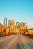 Городской Миннеаполис, Минесота в утре Стоковое Фото