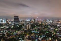Городской пейзаж Бангкока. Взгляд ночи Бангкока в финансовом районе. стоковое изображение rf
