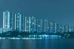 Городской пейзаж Бангкока Взгляд ночи Бангкока в финансовом районе стоковое фото