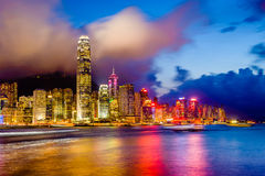 Городской пейзаж Гонконга на гавани Стоковые Изображения