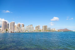 Городской пейзаж Гонолулу с горой в взгляде, Гаваи головы диаманта, США Стоковое Изображение RF