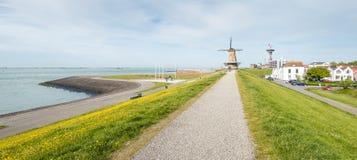 Городской пейзаж голландского города топить, Walcheren, Зеландии стоковые фото