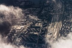 Городской пейзаж зимы воздушный района Москвы Стоковое фото RF