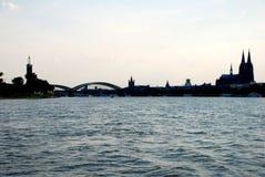 Городской пейзаж Кёльна в силуэте Стоковая Фотография RF