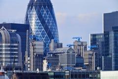 Городской пейзаж Лондона с зданием корнишона и Ллойд стоковое фото