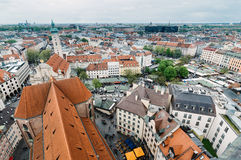 Городской пейзаж Мюнхена пасмурный день Стоковое Изображение