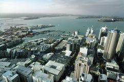 Городской пейзаж Окленда CBD - Новая Зеландия NZ Стоковое Изображение RF