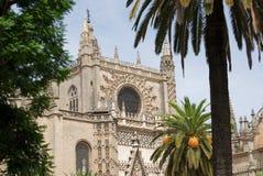 Городской пейзаж Севильи, Андалусия, Испания. Взгляд собора. Стоковые Изображения RF