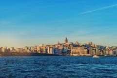 Городской пейзаж с башней Galata Стоковое Изображение RF