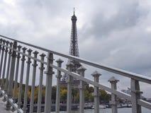 Городской пейзаж с мостом, Эйфелевой башней Франция paris Стоковое Фото