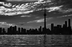 Городской пейзаж Торонто, взгляд от верхней части, город Торонто, Канада Город Торонто в альбомном формате принятом от башни CN Стоковое Фото