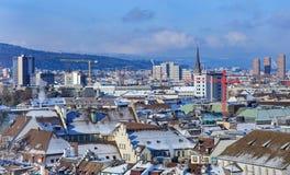 Городской пейзаж Цюриха в зиме Стоковое Изображение