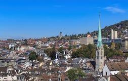 Городской пейзаж Цюриха в осени Стоковые Изображения