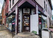 Городской угловой магазин в Йорке, Пенсильвании Стоковое Изображение