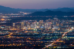 Городской Феникс на ноче Стоковые Изображения RF