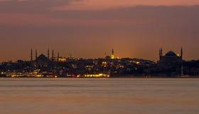 Город Стамбула на изображении ночи Стоковые Фото