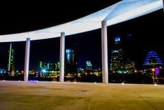Город страны холма Остина Техаса городского пейзажа ночи центральный Стоковое Изображение