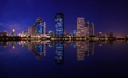Город сумерк стоковая фотография