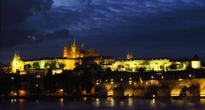 Город сцены ночи Праги Стоковое Изображение RF