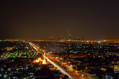 Город Дубай на ноче Стоковые Изображения RF